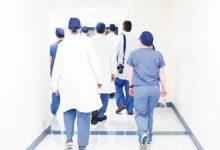 Photo of 10 cuestiones clave para garantizar la equidad entre hombres y mujeres en el personal sanitario mundial